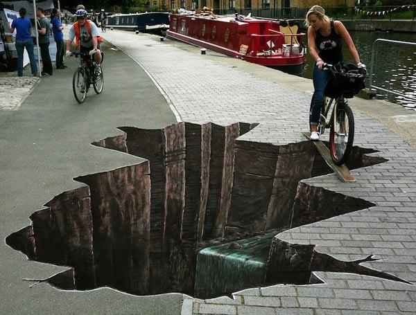 Cracks-3D-Street-Art
