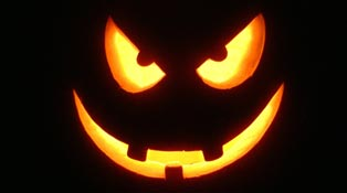 Scary-Halloween-2012-HD-Wallpapers-Pumpkins-Witches-Spider-Web-Bats-&-Ghosts-Collection