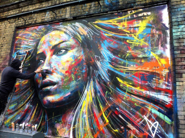 Amazing graffiti Street Art painting by David Walker in London England 2 30+ Awe Inspiring Graffiti Street Art Paintings From Around The World