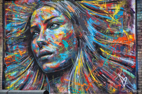 Amazing graffiti Street Art painting by David Walker in London England 30+ Awe Inspiring Graffiti Street Art Paintings From Around The World