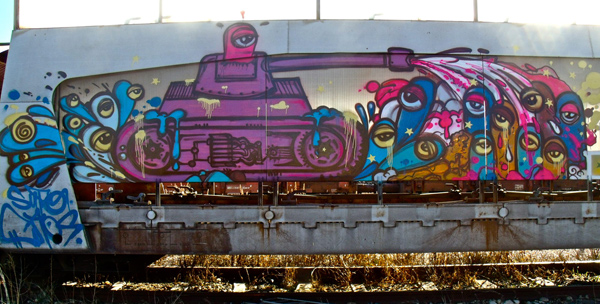 Beautiful-graffiti-Street-art-SUPOCAOS_freight_tank-france