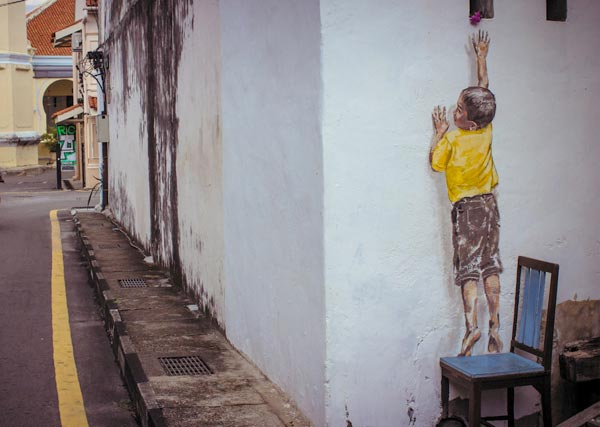 Street Art by Ernest Zacharevic in Penang Malaysia 4 30+ Awe Inspiring Graffiti Street Art Paintings From Around The World