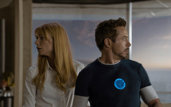 Tony-Stark-Iron-Man-3-&-pepper-potts-wallpaper-hd