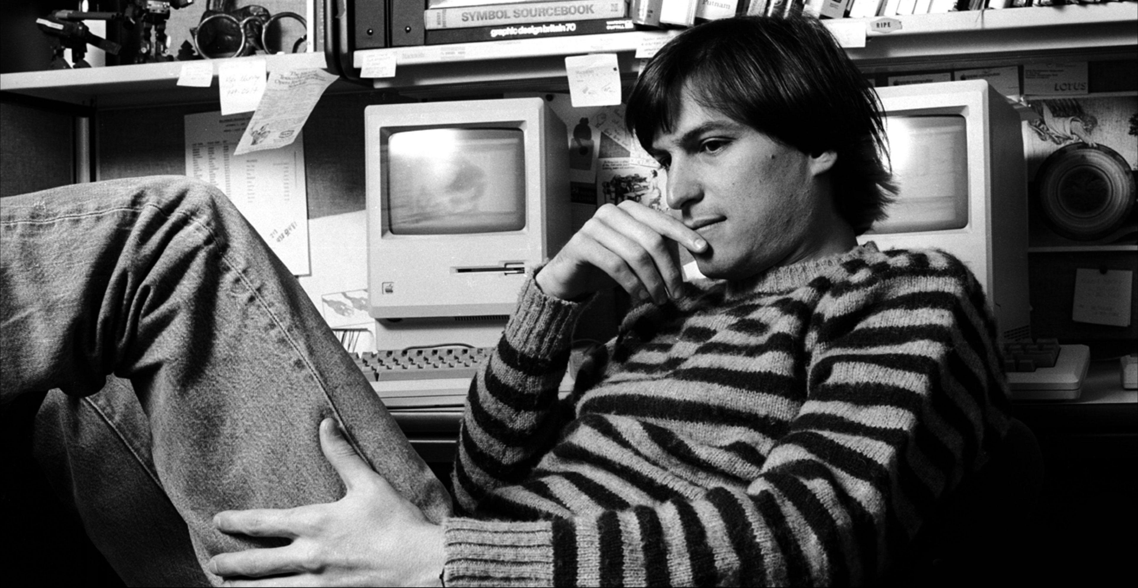 Steve Jobs HD Wallpaper. Steve_jobs_HD Wallpaper