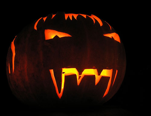 Halloween_2013_Wallpaper_PumpkCarving_Idea
