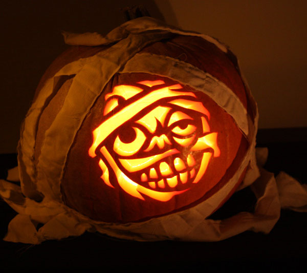 Mummy-halloween-pumpkin-carving-Ideas