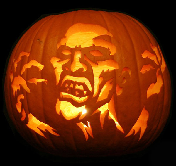 Scary-Halloween-Carved-Pumpkin