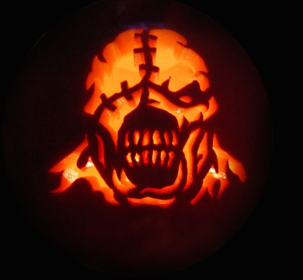 Scary-halloween-pumpkin-carving-5