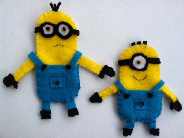Minion-character-ornament-gift-tags