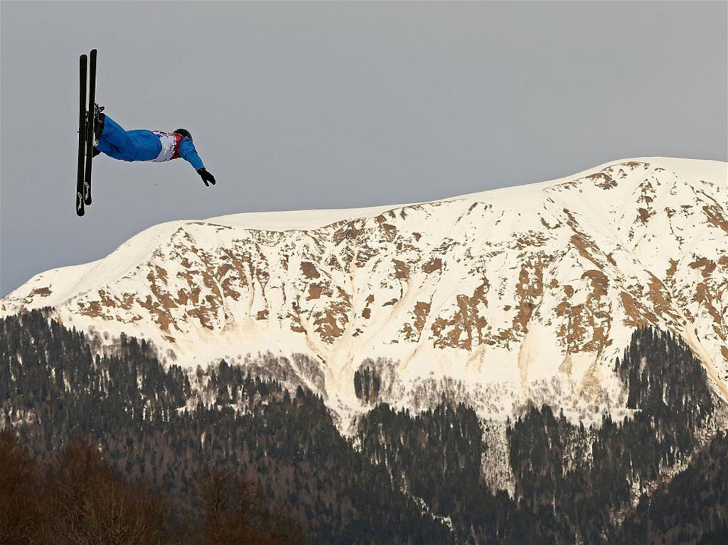 An-athlete-trains-for-the-Ski-Freestyle-Aerials