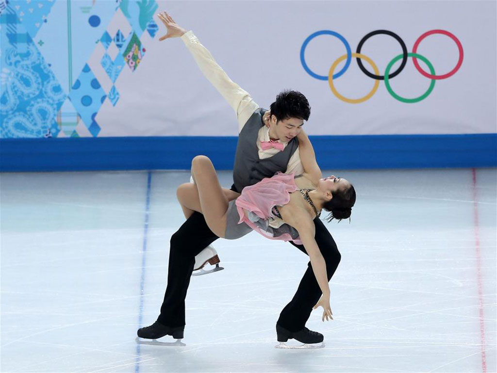 Xintong-Huang-and-Xun-Zheng-Figure-Skating-Ice-Dance