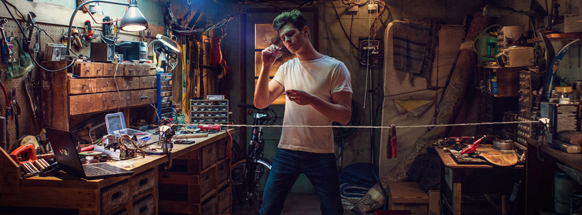Andrew-Garfield-facebook-cover