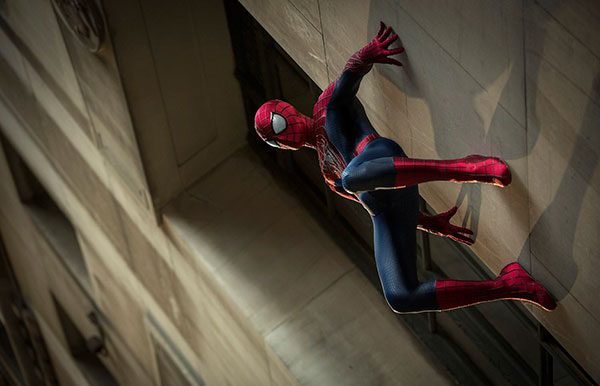 The-Amazing-Spider-Man-2-Wall-Climbing-Wallpaper