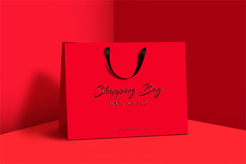 Free-Shopping-Bag-Mock-up-PSD-768x512
