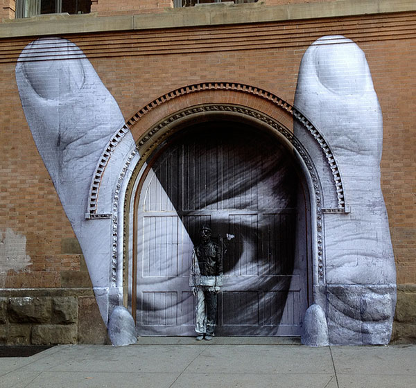 JR-and-Liu-Bolin-NYC-Street-Art