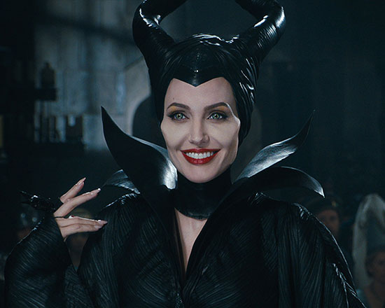 Maleficent-Smiling-Wallpaper-1280x1024