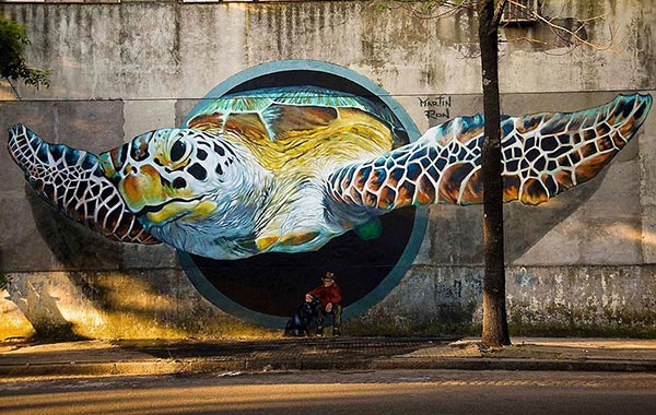 giant-turtle-graffiti-art-2014