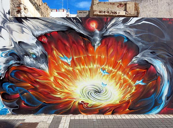 hollow_earth__amazing-street-art-painting