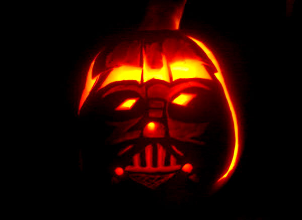 Darth-Vader-Pumpkin-Carving