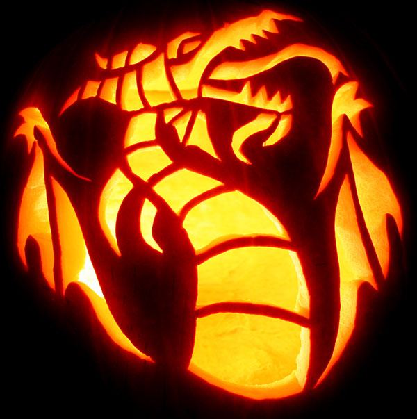 Sleeping-Beauty-Maleficent-as-Dragon-Pumpkin-Carving