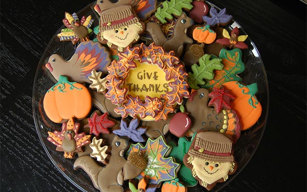 Give-Thanks-Happy-Thanksgiving-Photos