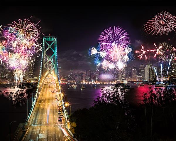 San_Francisco_fireworks_2016