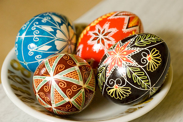 Colorful-Decorated-Design-On-easter-Eggs