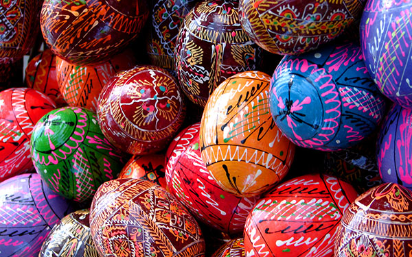 Colourful-Easter_eggs