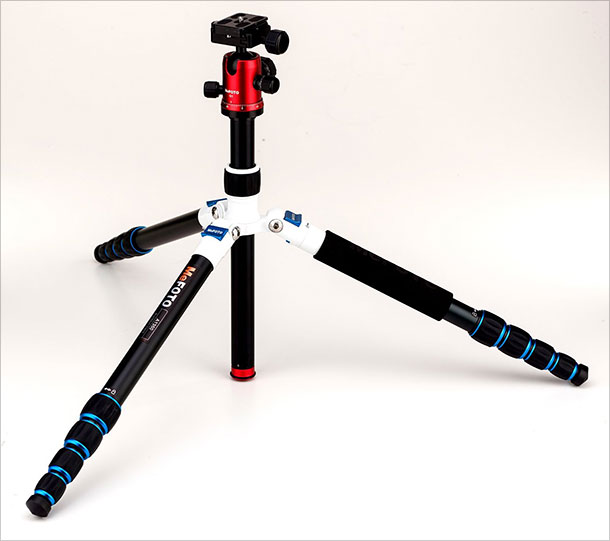 MeFoto-Aluminum-A1350Q1RWB-Roadtrip-Travel-Tripod-Kit-2