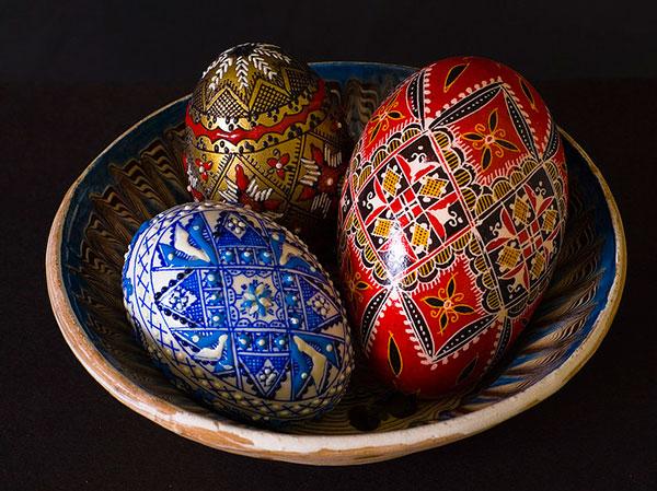Vintage-Easter-Eggs