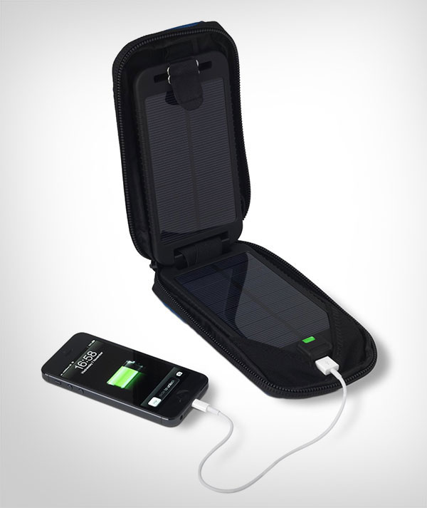Solarmomkey-portable-solar-energy-charger