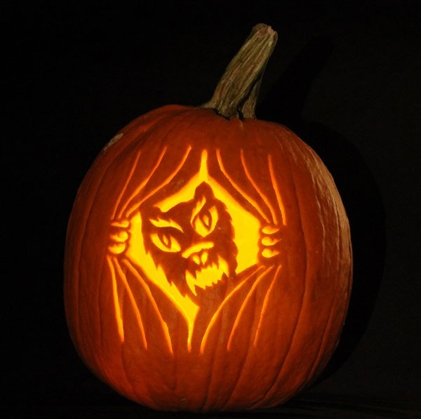 Angry-Kitty-Halloween-Pumpkin-Carving