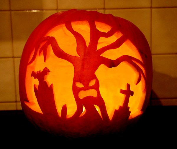 Spooky-Tree-Pumpkin-carving-ideas-2015