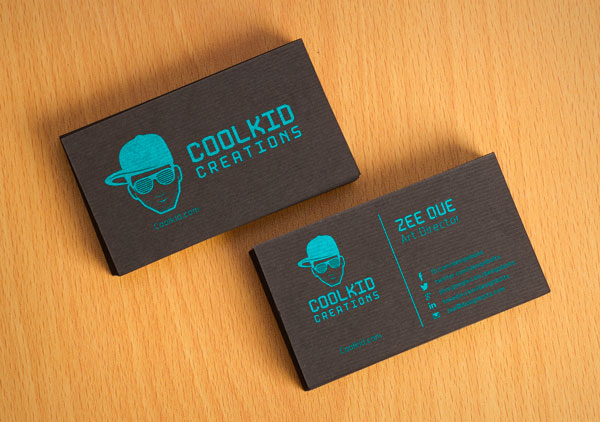 Free-Black-Textured-Business-Card-Design-&-Mockup-PSD