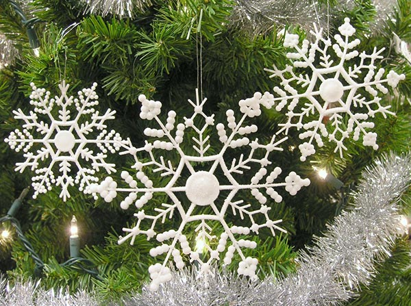 30-Assorted-Snowflake-Christmas-Ornaments-