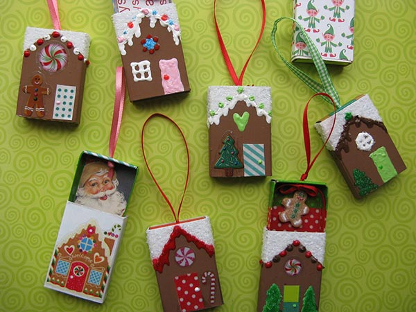 Christmas-Gingerbread-House-Ornaments-2015