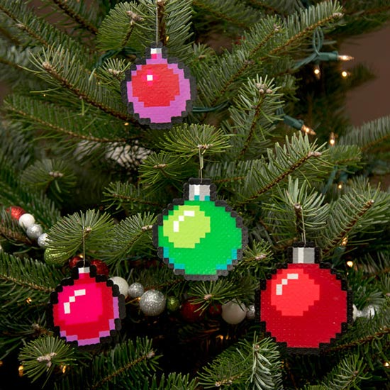 Pixel-Art-Christmas-2015-Ornaments-Baubles