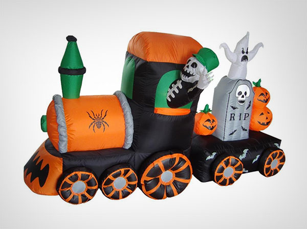 7-Foot-Long-Halloween-Inflatable-Skeletons-on-Train