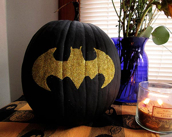 Black-Golden-Batman-Pumpkin