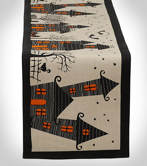 dii-halloween-table-runner