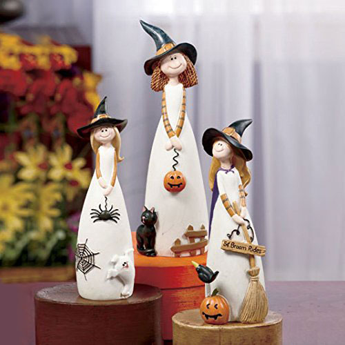 friendly-witch-table-halloween-decoration