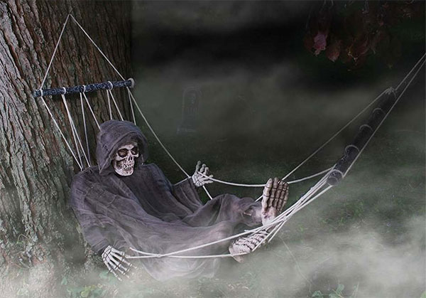 Funny-Hammock-Skeleton-Halloween-outdoor-Decoration