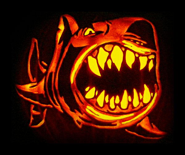 scary-pumpkin-shark-fish