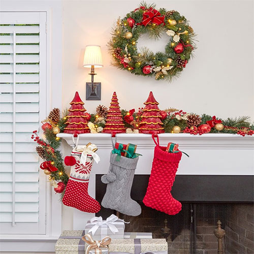 brylanehome-cordless-led-christmas-garland