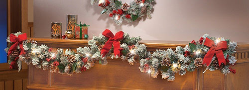 lighted-christmas-frosted-pine-garland