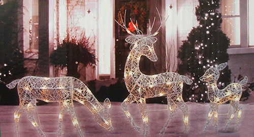 reindeer-lighted-christmas-yard-art-decoration-set
