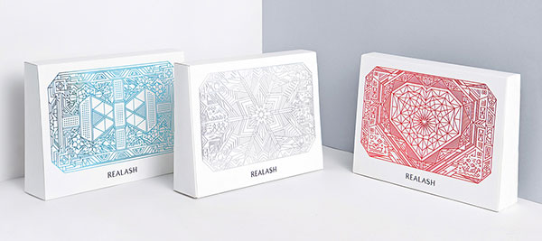 realash-elegant-gift-packaging-design