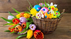 20-Cute-Easter-Decorations-of-Baskets,-Bunnies-&-Eggs-to-Buy-in-2017