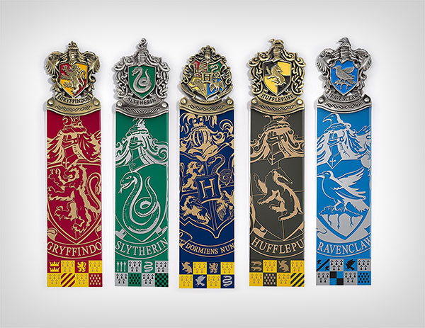 Harry-Potter-Crest-Bookmark-Collection