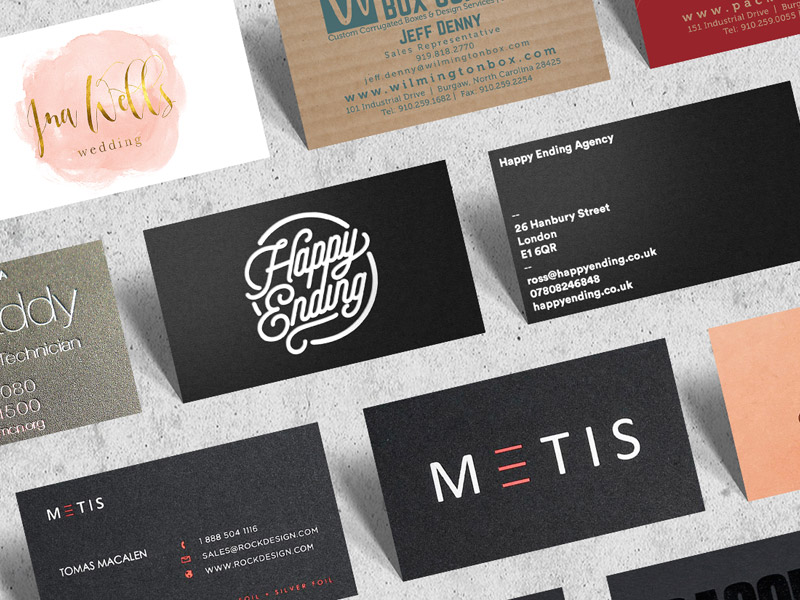 25 Free Business Card Bundle Mock-up PSD File